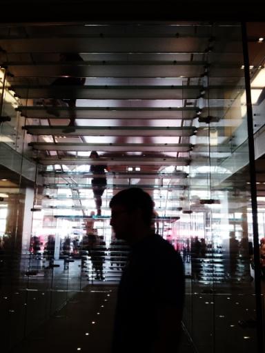 Apple Store  10.8.13