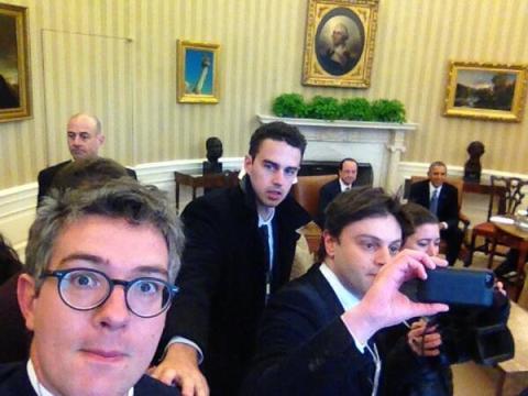selfie white house hollande obama