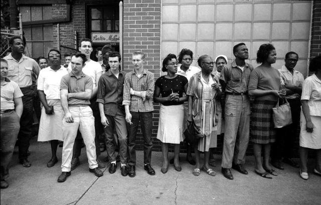 Selma spectators